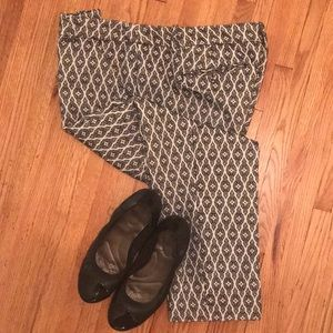 Black & White Patterned Slacks Ankle Length